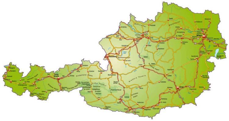 Landkarte von Österreich mit Verkehrsnetz in bunt