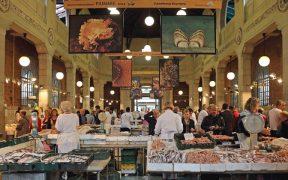 Rijeka Marktplatz Innen