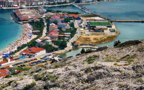 Stadt Pag auf der Insel Pag Bird View
