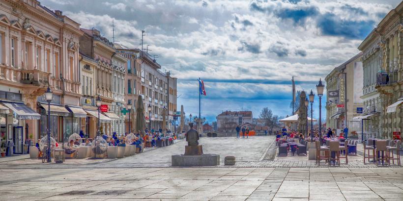 Slavonski Brod Seiten Aufmacher