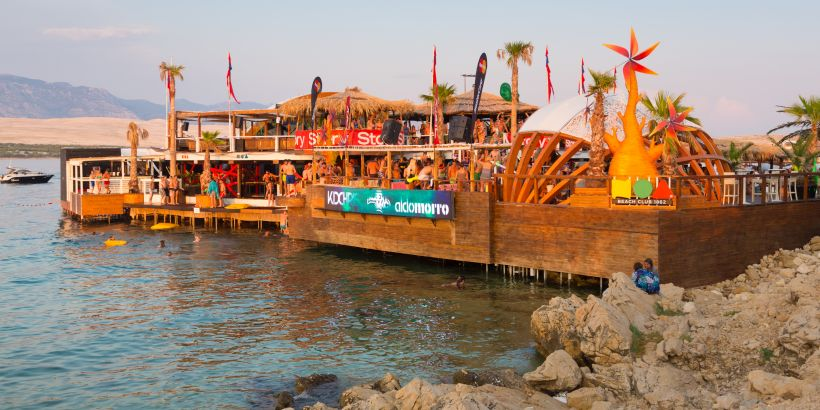 Kroatien Partyinsel Top-Strand Zrce Pag