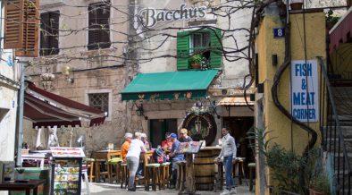 5 tolle Bars in Poreč, die Kroatienurlauber nicht verpassen sollten