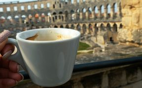 Tolle Cafés in Pula entdecken 1