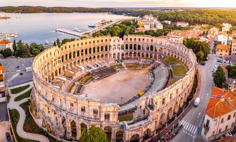 Lebendige Geschichte Istriens im Amphitheater Pula