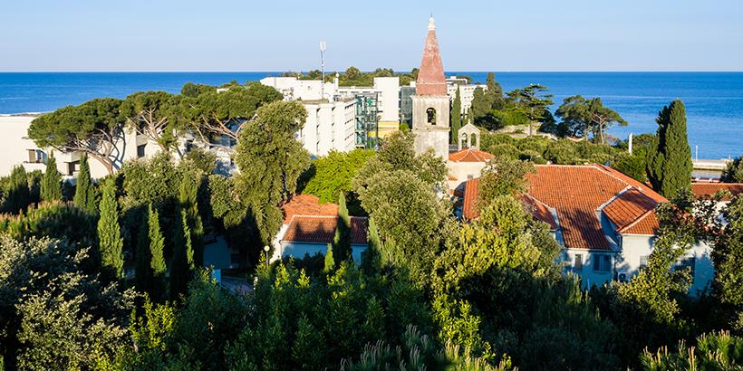 Benediktinerkloster und Schloss auf der Insel Sveti Andrija