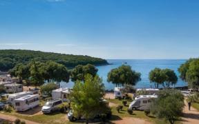 Wasserfront vor Porto Solo Camping bei Vrsar