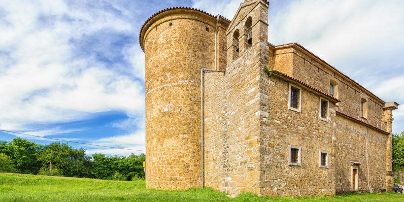 Završje Kirche ohne typischen Turm