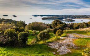 Landschaftsbild der Gegend um Vrsar in Istrien zum Beitrag Quellen von Funtana