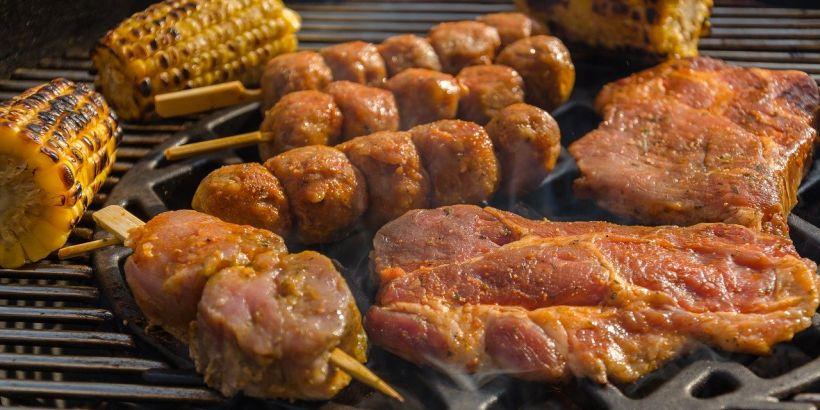 gegrillte Fleischspieße Raznjici_kroatische Spezialitäten zum Nachkochen_48140_Pixabay.com © USA-Reiseblogger CCO Public Domain