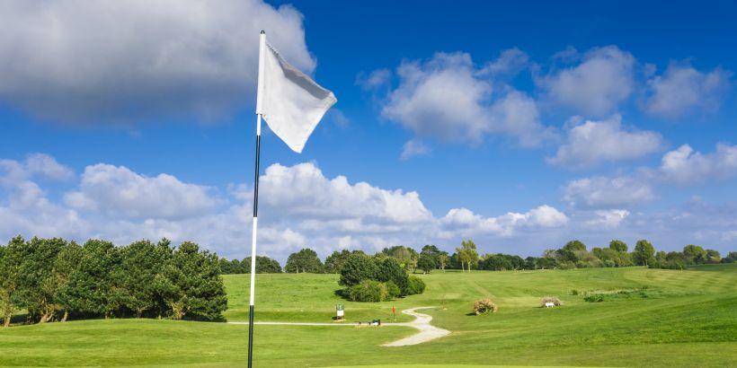Golfurlaub in Istrien - Fähnchen auf Pula Golf Platz