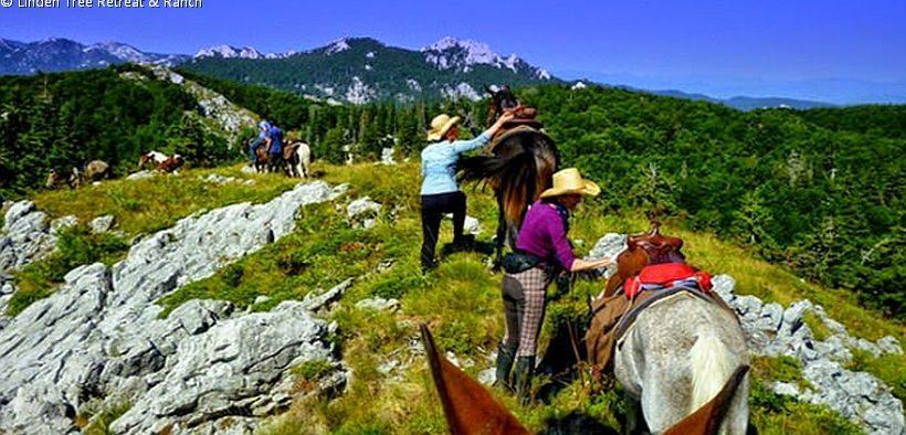 Ausritt der Linden Tree Retreat & Ranch im Velebit Gebirge