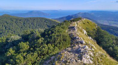 8 Radwege zum Mountainbiken im Naturpark Učka - Aussicht vom Berg auf Insel Cres und Losinj